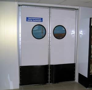 Жесткие распашные двери (распашные ворота)